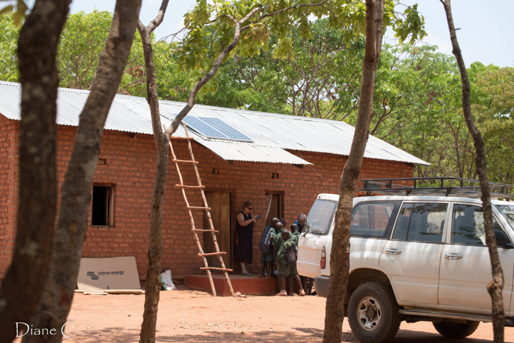 The teachers house getting the solar panels